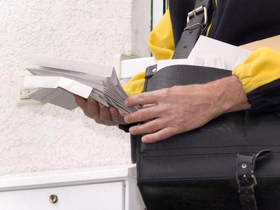 Postbote stellt WEG-Verwaltung (Köln) die Klage zu